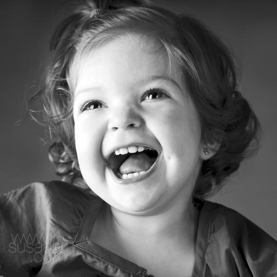 El riure és sonor i el somriure és silenciós.